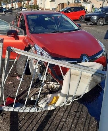 A vehicle crashed into bollards  and railings in Mansfield today