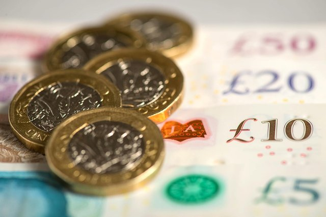 The £20-a-week top-up payment to Universal Credit claimants is to be scrapped.