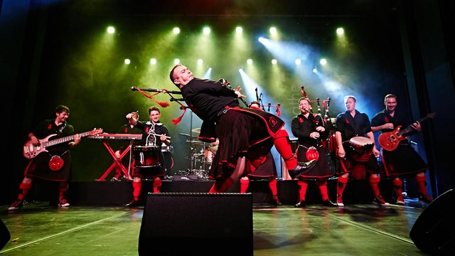 See the Red Hot Chilli Pipers in action