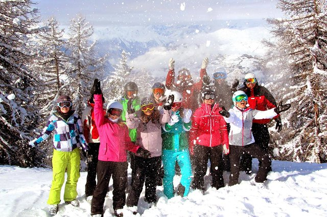 Interski runs safe and successful skiing trips to the Aosta Valley region in the Italian Alps.