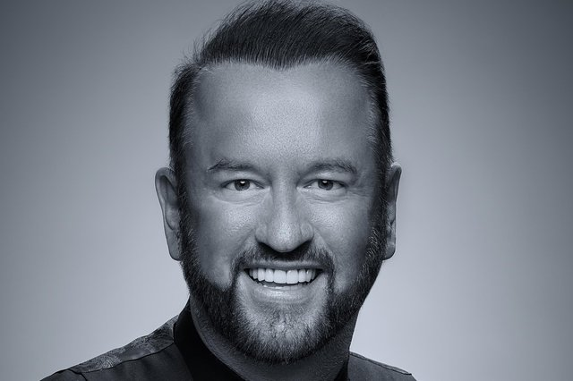 Mansfield stylist Mark Leeson says he is 'thrilled' to be shortlisted for a coveted international award.