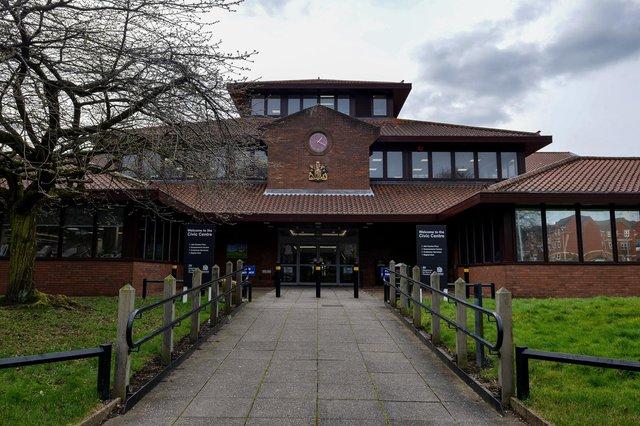Mansfield Civic Centre, home of Mansfield District Council.