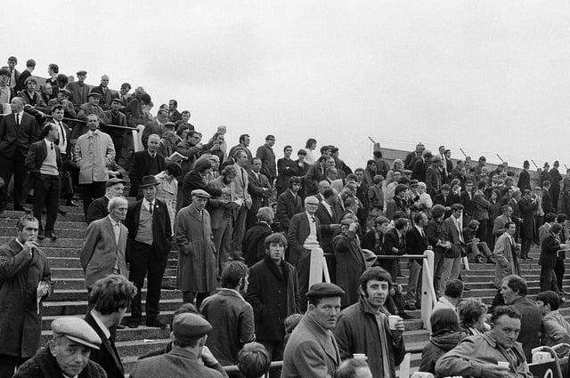 1971 Stags v Rotherham fans