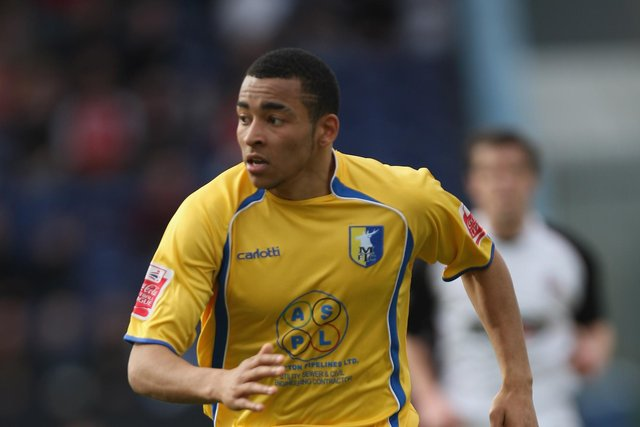 Nathan Arnold in action for Mansfield Town (Photo by Gary M. Prior/Getty Images)