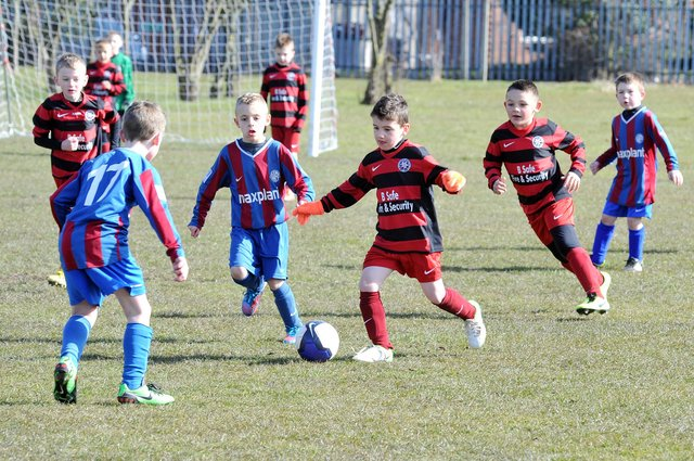 Mansfield Boys U8's (red and Black) take on Bagthorpe in April 2013.