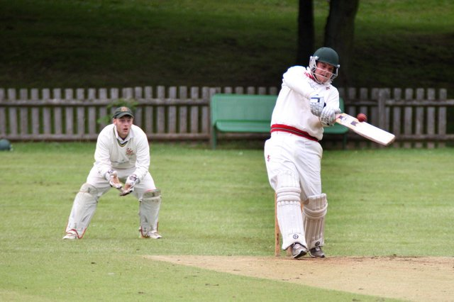Andrew Marchant's 3-38 and 17 runs was in vain as Welbeck were beaten by Cuckney II.