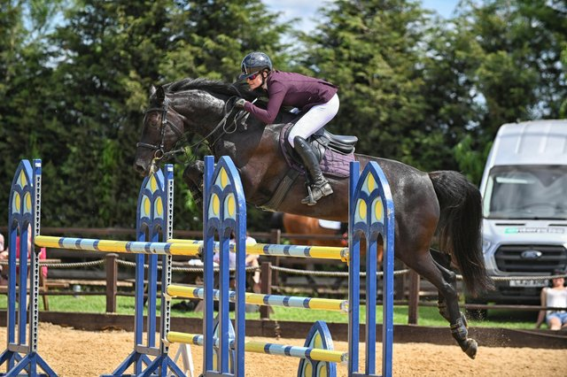 Charlotte Dyer & Annestown Royale Capitalist at Weston Lawns Equitation on Sunday (Credit: Simon Coates Photography)