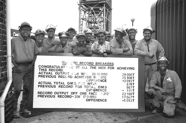 In October 1990 miners at Rufford Colliery smashed a 20 year production record at the pit producing 28,000 at 6.78 tonnes per man shift