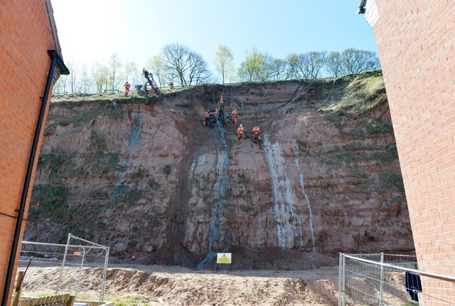 Work is underway to stabilise the cliff face at the former Berry Hill Quarry in Mansfield following previous landslips.