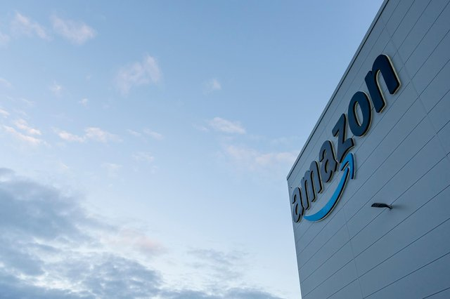 The Amazon fulfilment centre in Sutton has donated £1,000 to charity