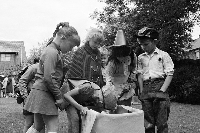 St Thomas' Garden Party in 1971 - did you attend?