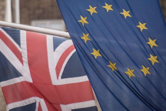 Thousands of EU nationals have been granted permission to continue living in Mansfield ahead of this month's application deadline, figures show.