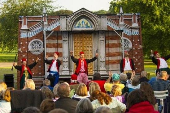 Outdoor theatre events are planned for Mansfield's Titchfield Park this summer.